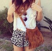 bag,fringes,brown,leather,shoulder,shoulder bag,fringe purse,shorts