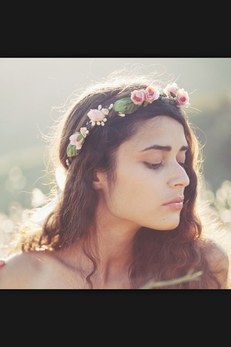 vintage summer outfits hat floral flower crown