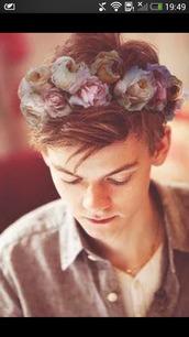 hair accessory,couronne,fleurie