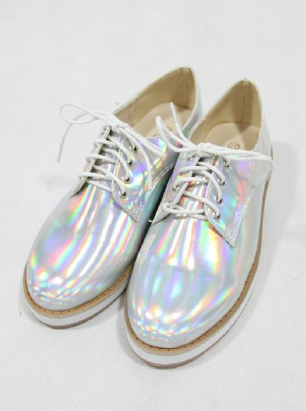 metallic shoes holographic tumblr hologram holographic shoes hologramme tumblr fashion