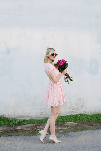 a little dash of darling blogger backless dress pink dress baby pink nude high heels lace dress bridesmaid