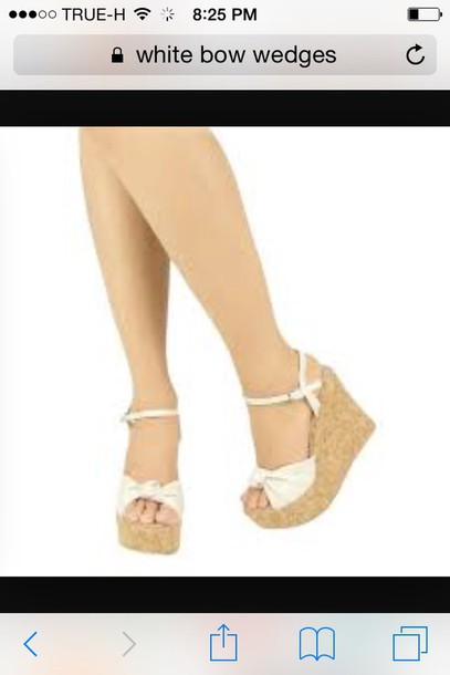 0b439927787f4 shoes white sandal bow wedges
