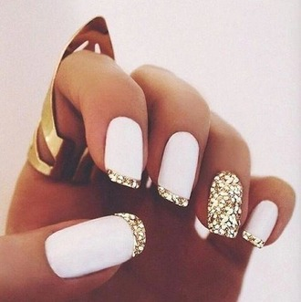 nail polish white and glitter glitter white glitter nails white nails