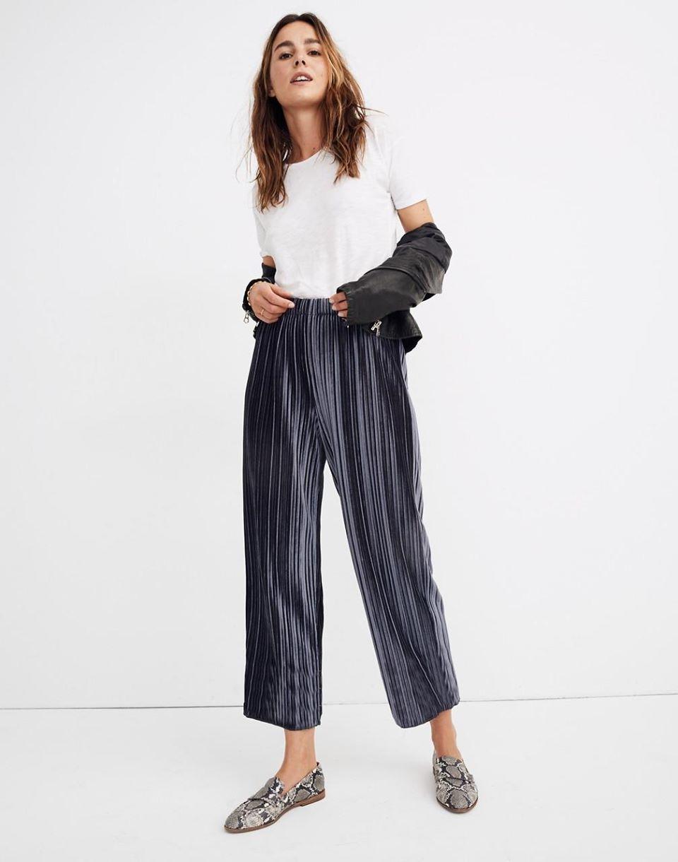 Women's Pleated Velvet Pull-On Pants