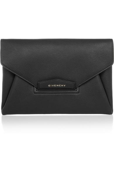 Givenchy | Antigona envelope clutch in black grained leather | NET-A-PORTER.COM