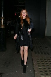 coat,boots,all black everything,lindsay lohan