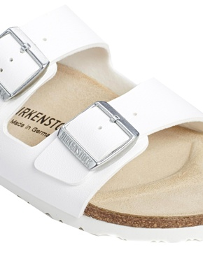Birkenstock | Birkenstock Arizona White Flat Sandals at ASOS