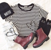 combat boots,hipster,stripes,DrMartens,fashion,top,socks