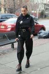 shoes,bella hadid,black,nike,nike ninja,new york city,all black everything,2017