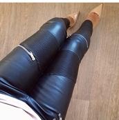 zip,nude high heels,high heels,zipped pants
