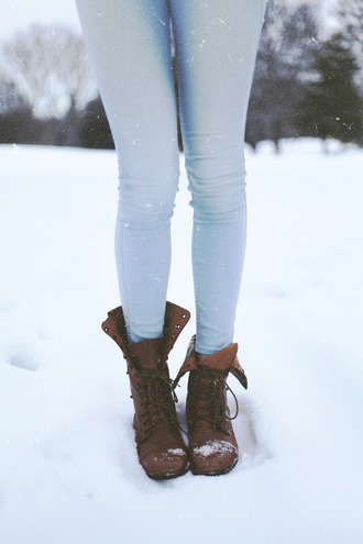clothes jeans blue colored jeans cute shoes boots brown tumblr combat boots brown leather boots leather boots fashion acacia brinley hipster winter outfits cosy swag fashionale lace vintage retro combat lace ups snow pastel girly light look outfit idea light blue skinny jeans combat shoes grunge snow boots vintage boots rock grunge shoes