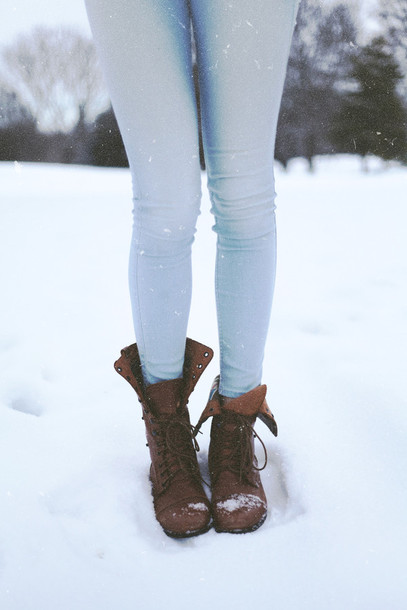 light blue skinny jeans brown boots winter outfits shoes