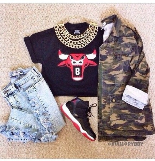 jacket chicago bulls bulls tee black red camo jacket breds dope jewels top jeans blouse