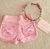 shorts,bows,pink,cute,hat,style,pants,nude,jeans,denim,denim shorts,pink shorts,bow,pastel,kawaii,pretty,skirt