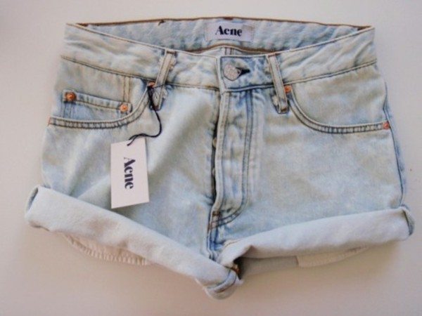 shorts acne studios acne studios high waisted acid wash short denim tumblr acme summer denim shorts tumblr acne studios light blue light colored jean shorts blouse acid wash baby blue blue high waist rolled up roll-up zip button cute tan light aene
