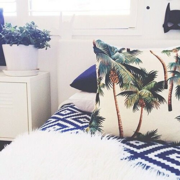 bedding palm tree print slepp bedding pillow home decor lifestyle beach house