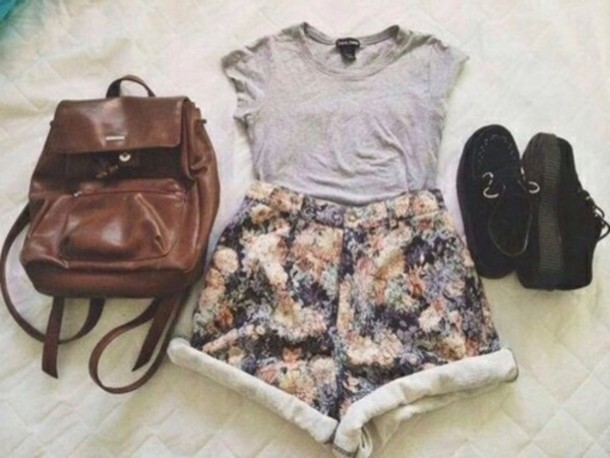 shorts floral backpack leather backpack flowered shorts t-shirt