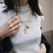 jewels,gold jewelry,shell,gold necklace,pearl