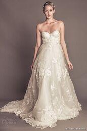 dress,wedding dress,wedding,lace,embroidered,long dress,bustier dress,bustier wedding dress,headband,strapless dress,corset,cream dress