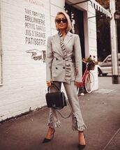 jacket,grey jacket