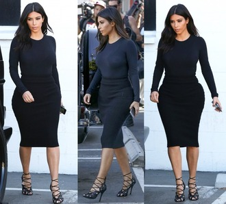 sandals kim kardashian black pencil skirt top