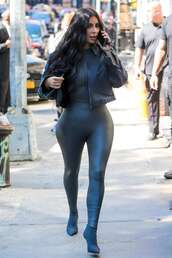 shoes,kim kardashian,monochrome outfit,all black everything,boots,leggings,jacket,kardashians