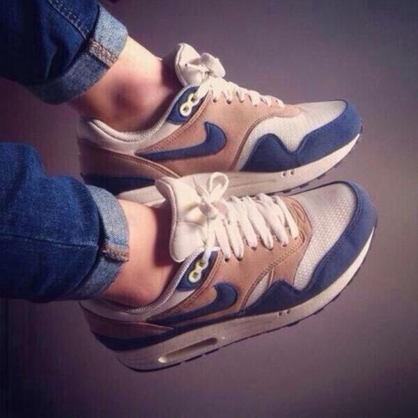 shoes navy camel white nike air max nike air max 1 coat