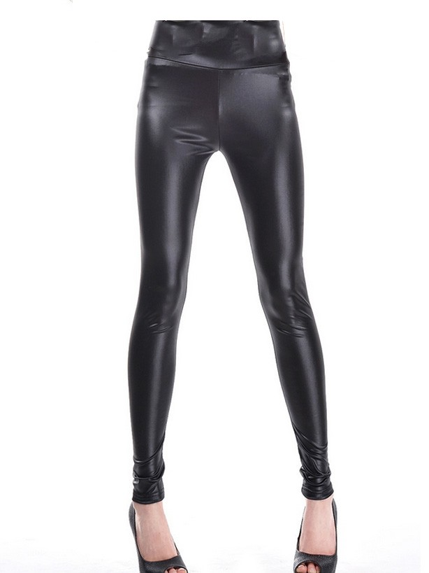 Waisted black imitation leather cropped leggings