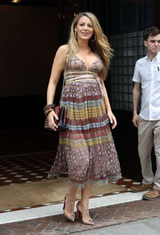 dress pumps blake lively summer summer outfits midi dress purse shoes