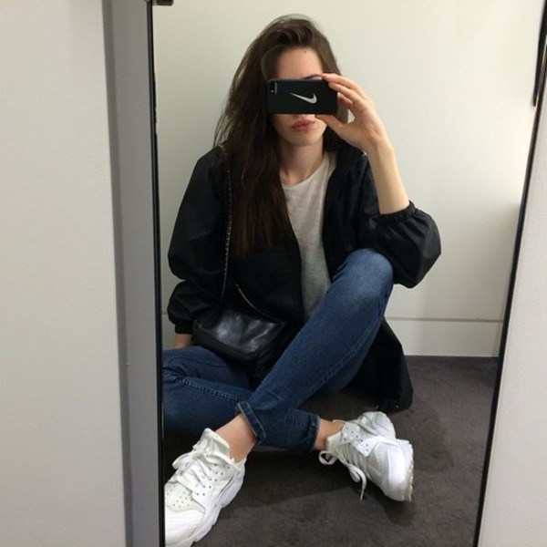shoes instagram bikini blouse jacket rain coat bomber jacket pale phone cover phone cover nike phone case sneakers girl sportswear sportswear black and white nikey swoosh nike swoosh