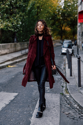 coat,black choker,black tip,burgundy trench coat,leather pants,black boots,blogger