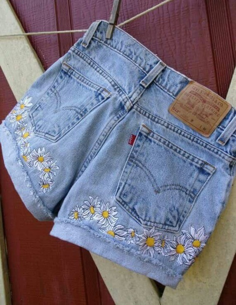 shorts levi's shorts embroidered flowers shorts daisies