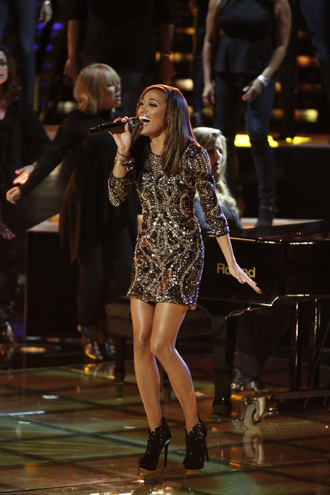 dress amanda brown the voice