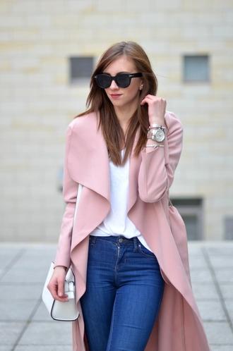 vogue haus blogger shirt jeans coat shoes bag jewels sunglasses
