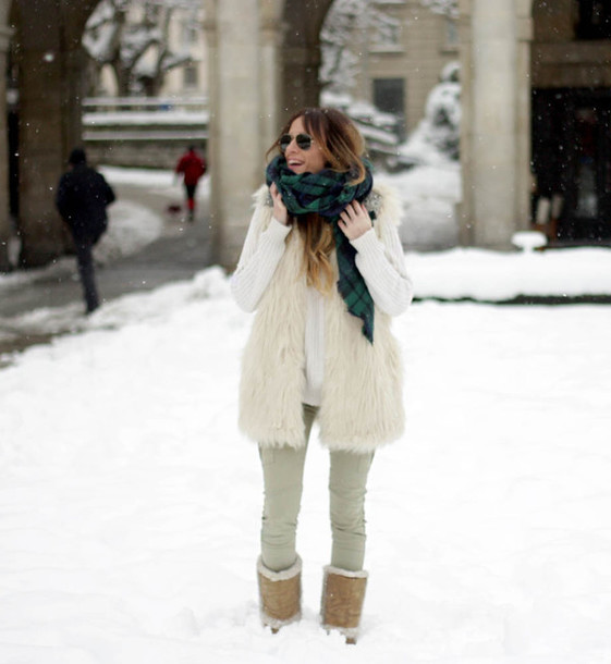 rebel attitude blogger tartan scarf fluffy winter outfits winter boots