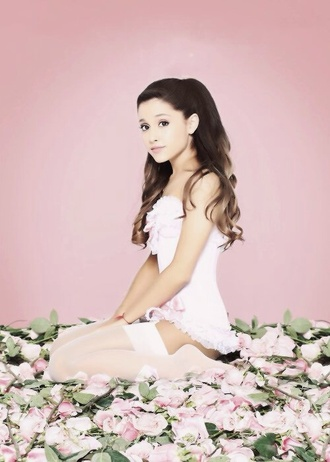 dress ariana grande underwear