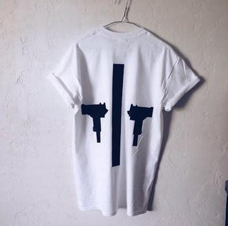 top black t-shirt style shirt fashion gun short sleeve unisex unisex clothes unisex tshirts unisex t shirt