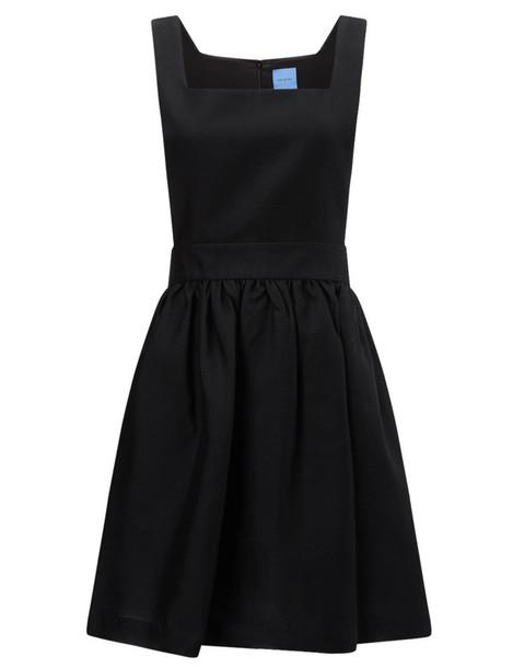 macgraw dress black
