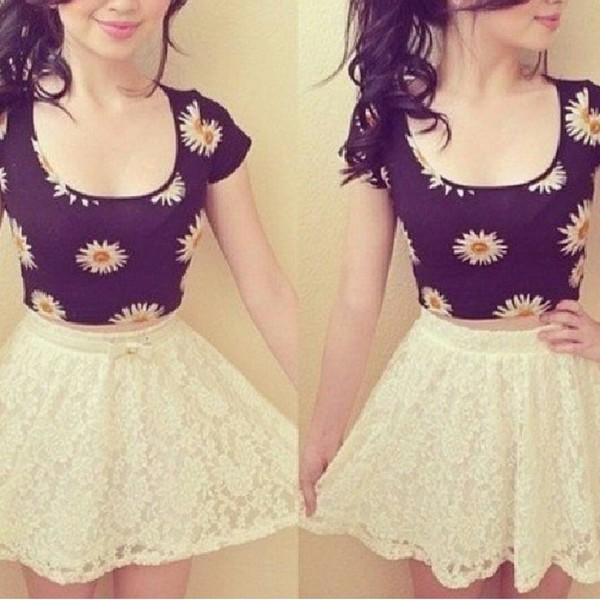 t-shirt daisy top crop tops black white flowers pattern skirt