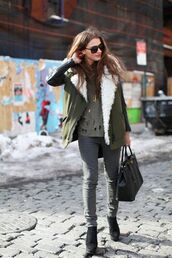 coat,green,army green jacket,leather,leather jacket,warm,green leather sleeved,fur lining,t-shirt