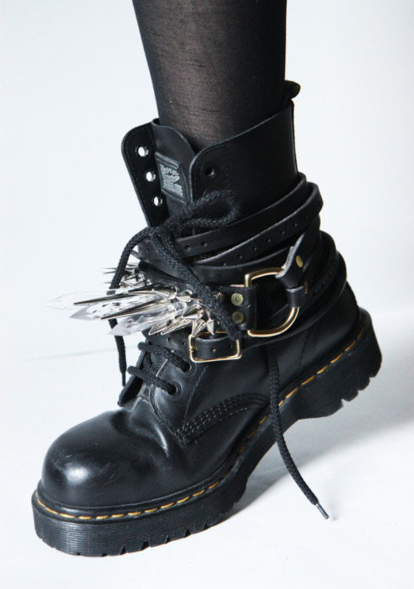 boots DrMartens quartz black punk shoes edgy hot rock jewels goth goth grunge leather black shoes