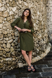 the fashion fraction,blogger,dress,shoes,green dress,lace up,long sleeve dress,shoulder bag,summer dress,Silver sandals