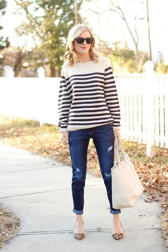 life with emily blogger sweater jewels shoes bag