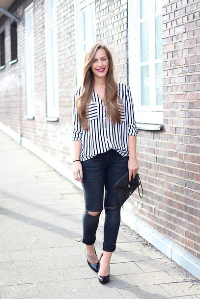 blouse casual date outfit stripes date outfit jeans bag shoes