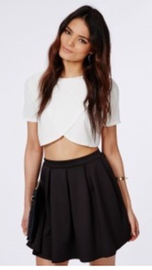 top,white,t-shirt,girl,style,crop tops,crossover top,crossed front,white t-shirt,sweater,cute,cute top,cute sweaters,off the shoulder,dark,light