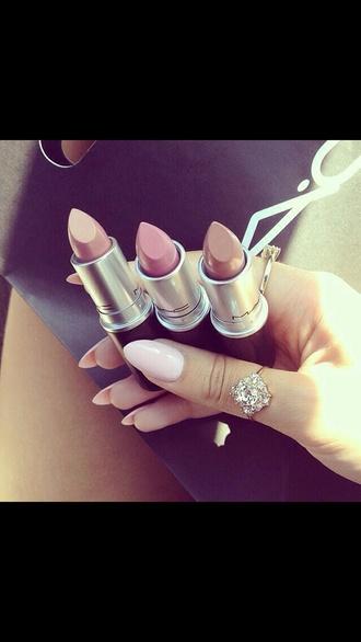 make-up brown lipstick tan lipstick lippy mac lipstick mac cosmetics mac lip pink pinks pink lipstick brown browns tan nude nude lipstick lipstick lips lippie colorful color/pattern