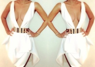 white dres clevage low cut dress low cut gold belt plume