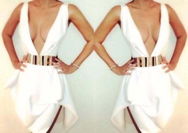 white dres clevage low cut dress low cut gold belt plume