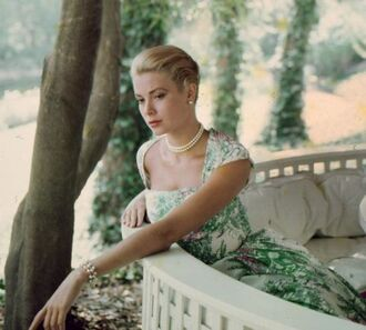 dress grace kelly actress floral dress classy dress pearl pearl necklace necklace make-up hairstyles bracelets retro dress retro