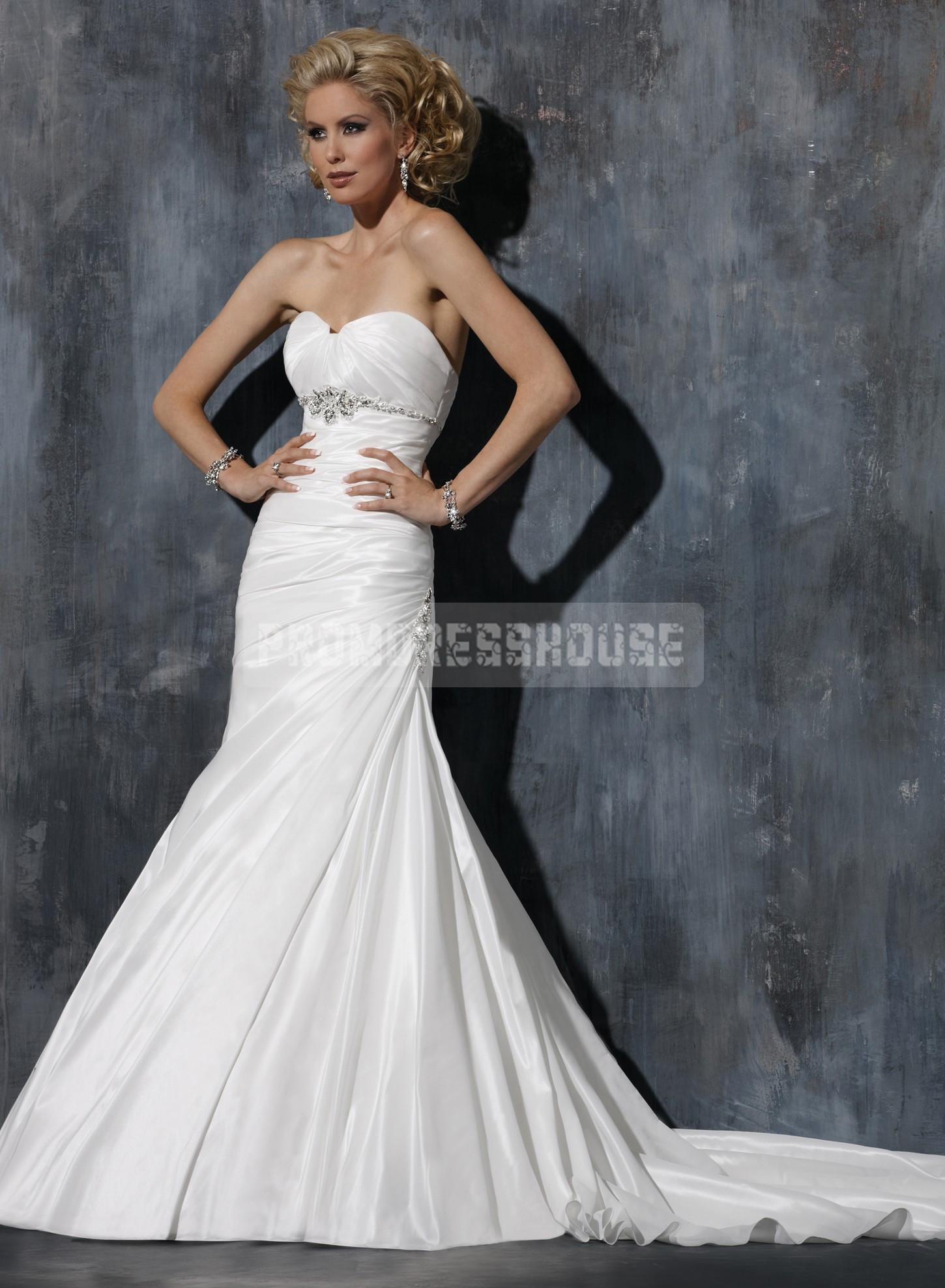 Beading Taffeta Lace-up Empire Strapless Wedding Dress - Promdresshouse.com